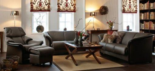 Ekornes Manhattan Sofa Set